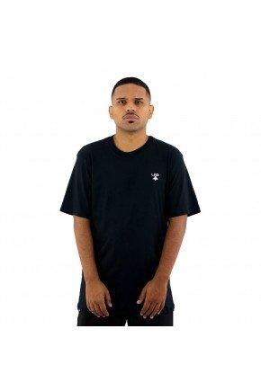 camiseta lrg logo plus size preta hyped 91